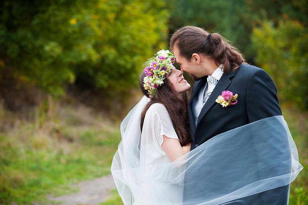 Ewa i Bogusz – sesja ślubna na łonie natury