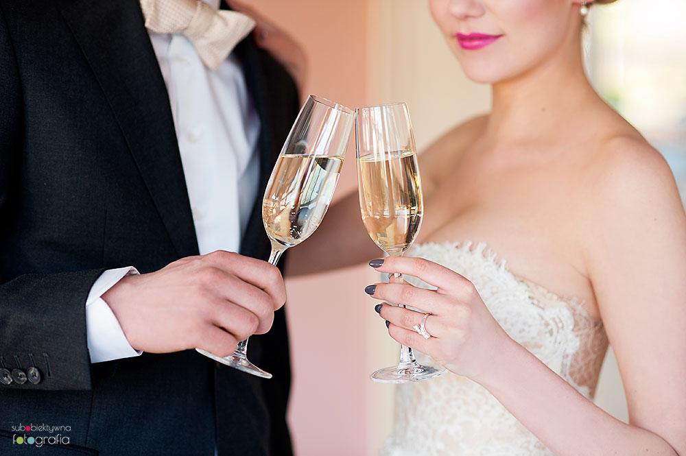 Elegancka sesja ślubna w Dworze Oliwskim