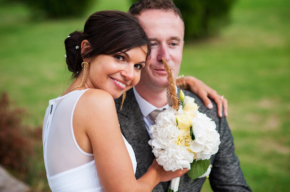 Gosia i Pieter – sesja ślubna w pałacowym ogrodzie